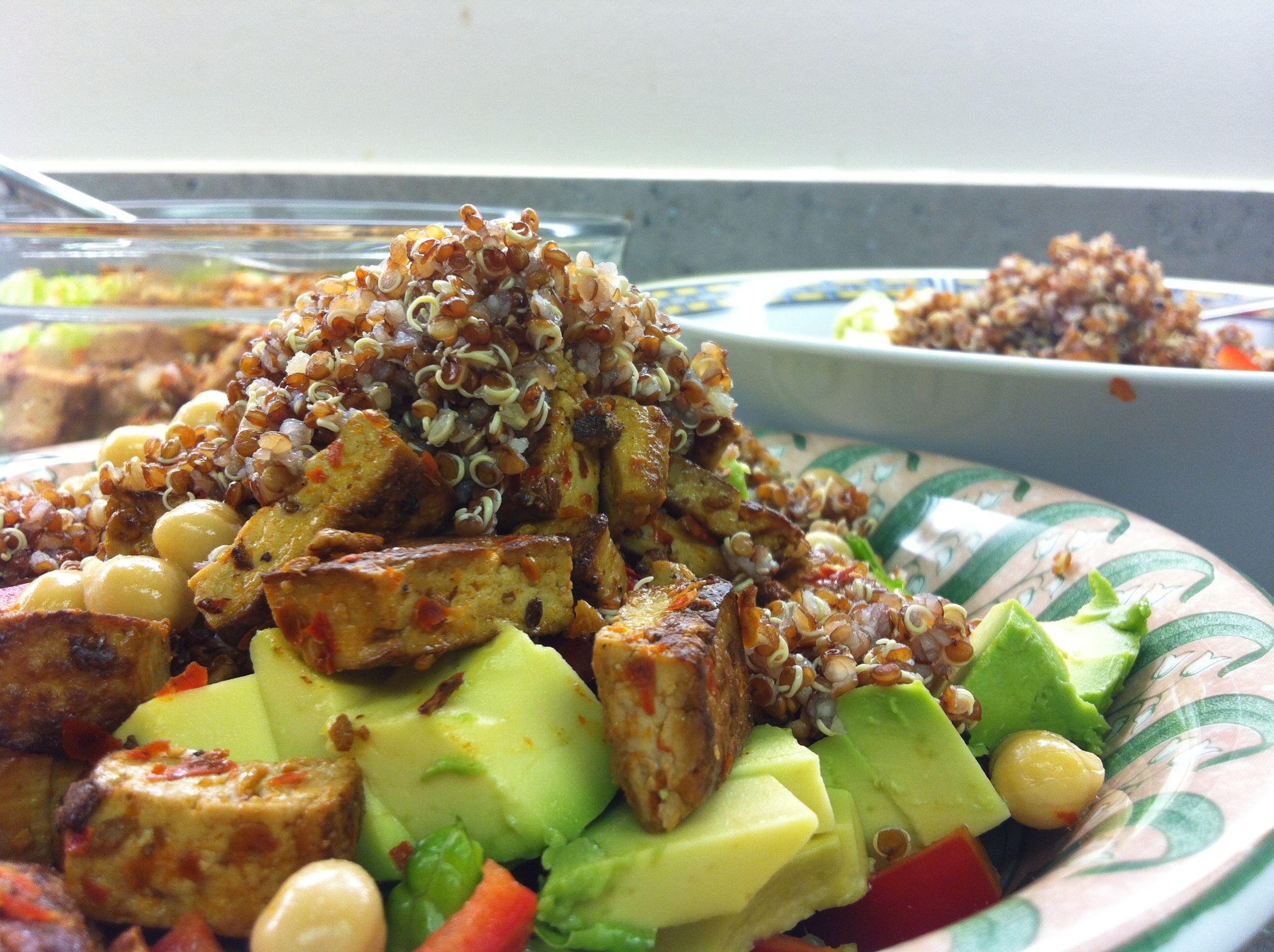 Quinoa, tofu salad with avocado and chickpeas
