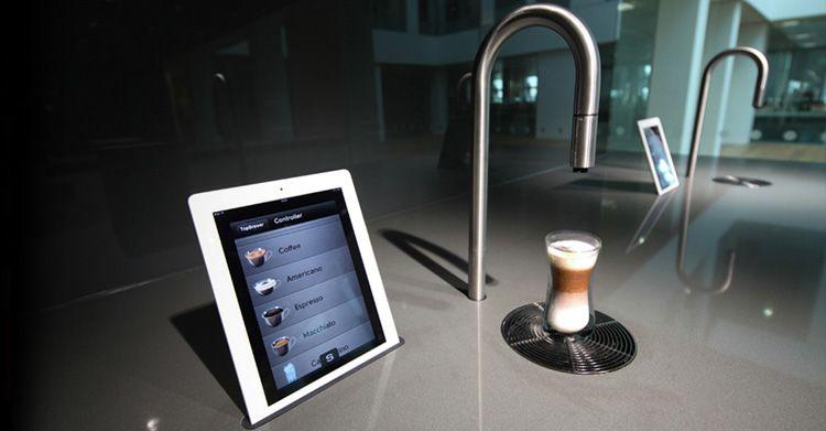 Chi prepara il tuo #caffè preferito? Ci pensa lo #smartphone! #homedesign #scanomat #topbrewer #hightech