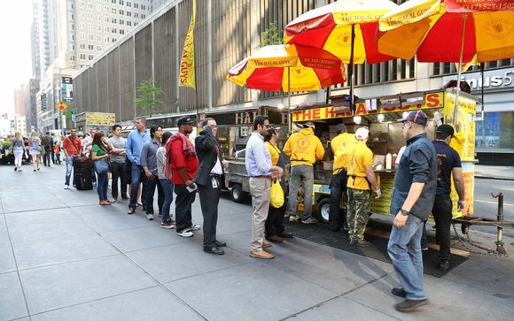 The Halal Guys Food Cart In Chicago Guys Restaurant Nashville News Halal