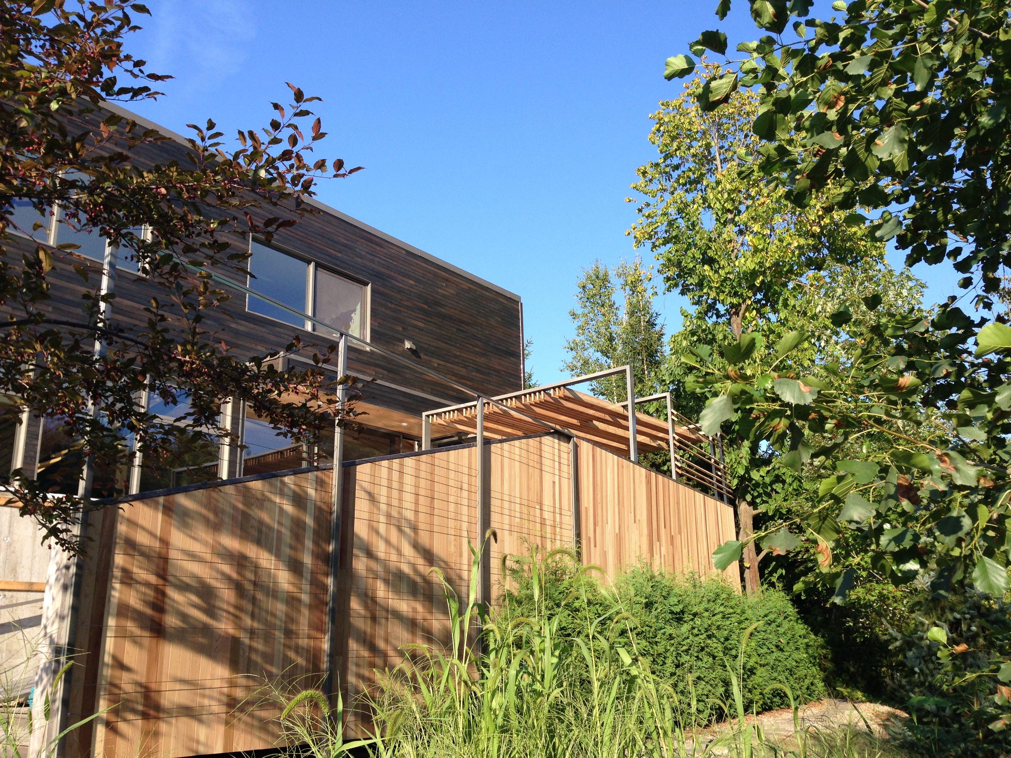 Treillis en c¢ble d acier pour mur vert Cable railing for green wall