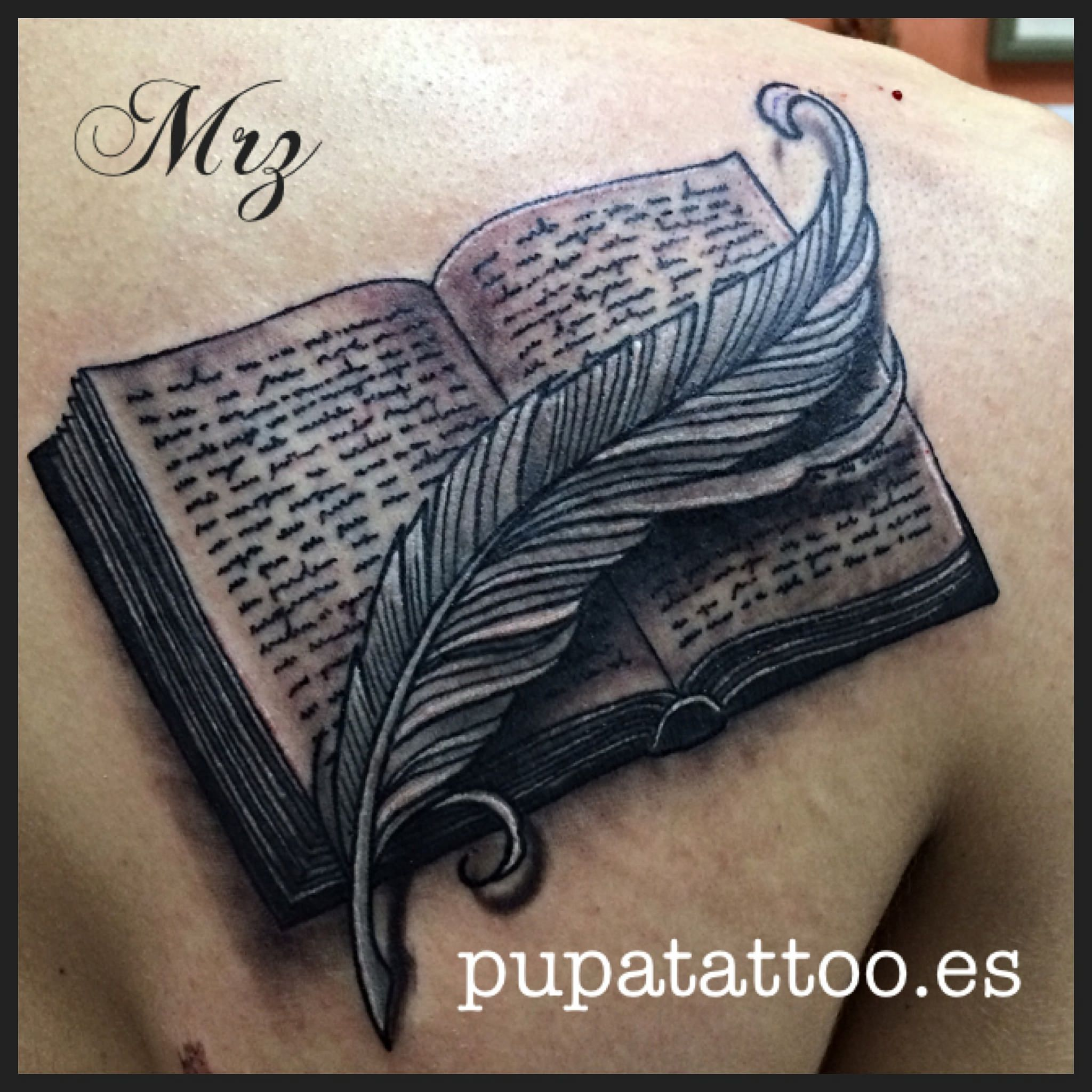 Tatuaje Libro Pupa Tattoo Granada Black Grey Tattoo Tatuajes