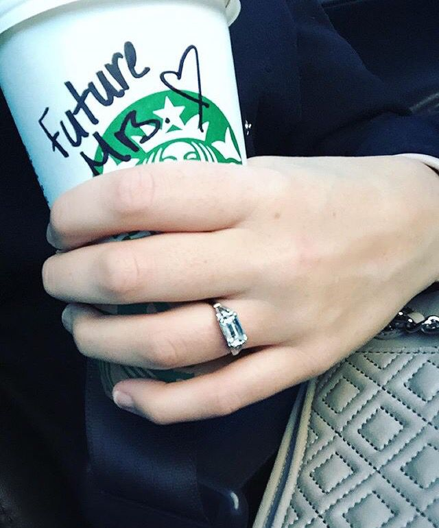 jade roper 39 s engagement ring you 39 ll wear out the words. Black Bedroom Furniture Sets. Home Design Ideas
