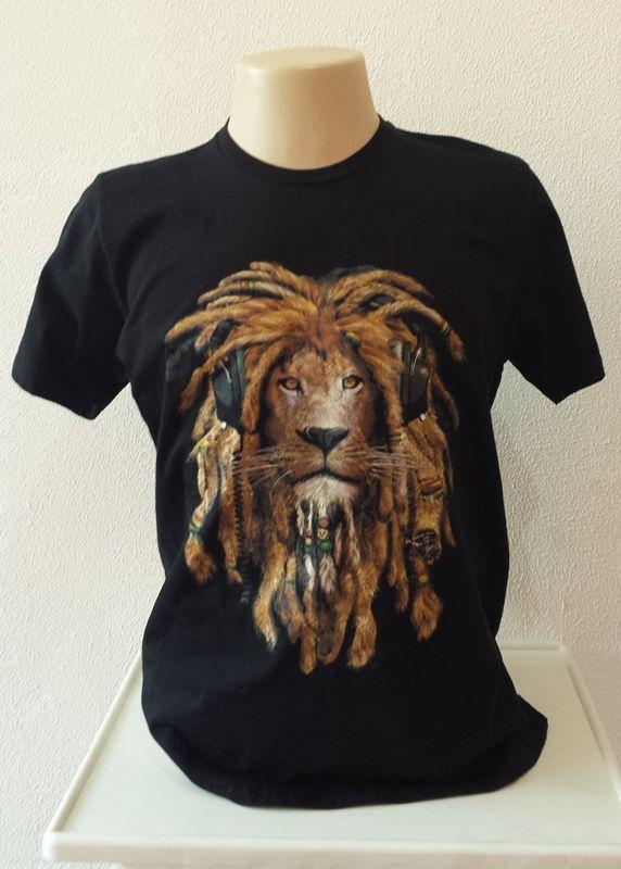 fe5335285 ... LRF Brindes e Presentes Personalizados. Camisa Bob Marley Rasta Leão  Fone de Ouvido
