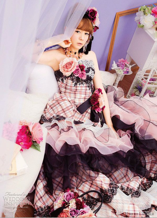 Uno et L\'etoile Wedding Dresses   Wedding dress, Colorful weddings ...