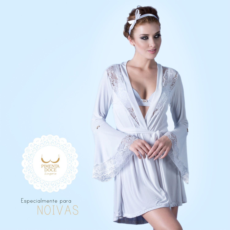 5579003ed Robe branco com manga flare e detalhes em renda ...