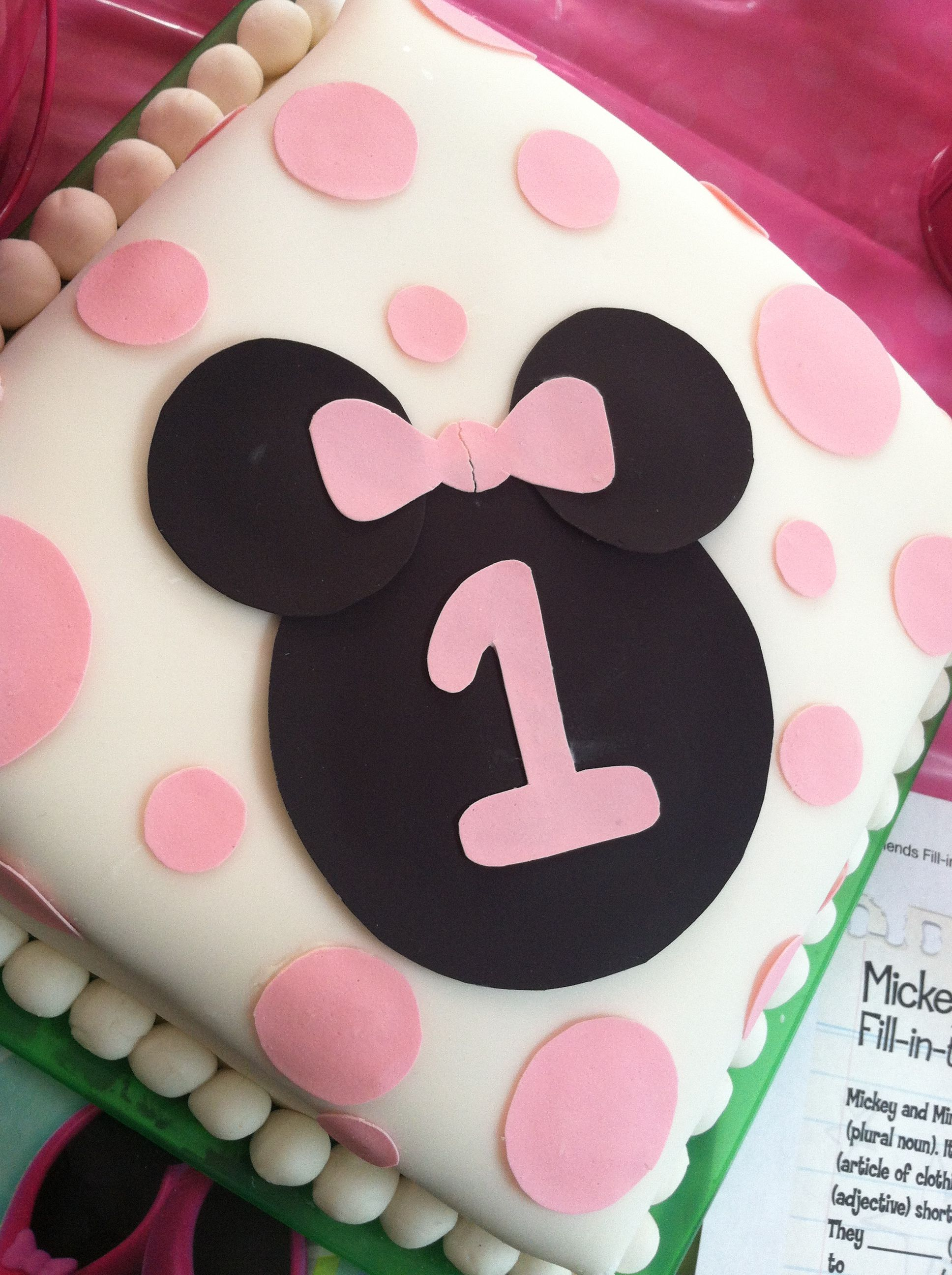 1 Year Old Minnie Mouse Cake Festa Infantil Festa Infantil