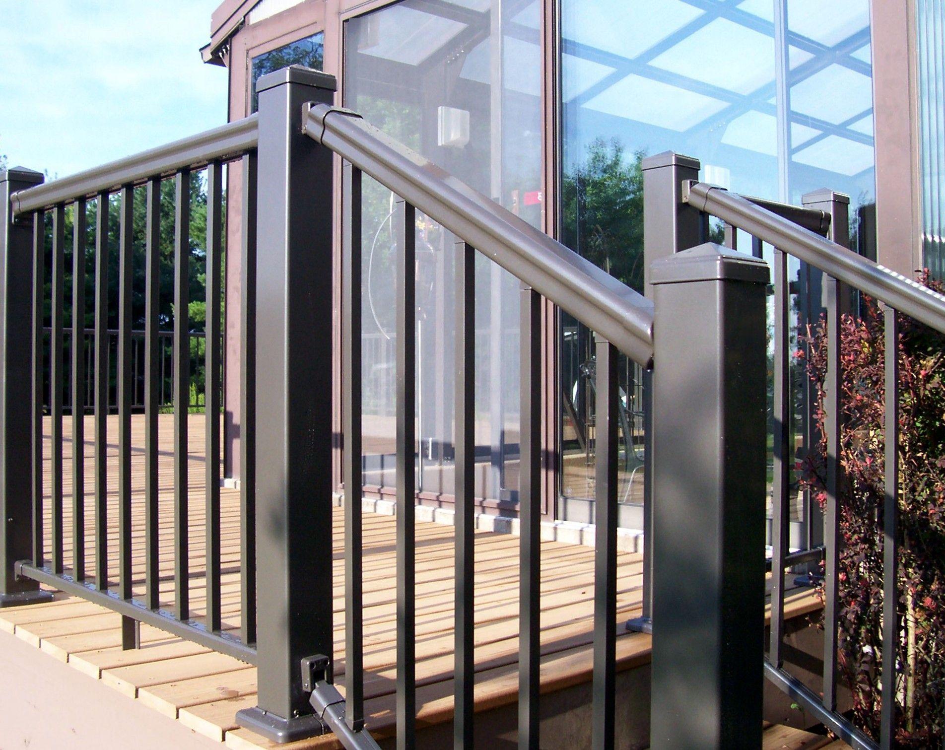Best Pegatha Aluminum Deck Railing In Black Aluminum Railing 640 x 480