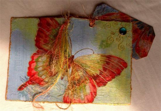 Tarjeta postal, reciclada de paquetes de galletas, de kellogs...de cualquier cartón interesante ;-)Cada postal es única y original.Postales para acompañar un regalo especial. O para decir algo a una persona significativa.¡La postal ¡ya es un regalo por sí misma!