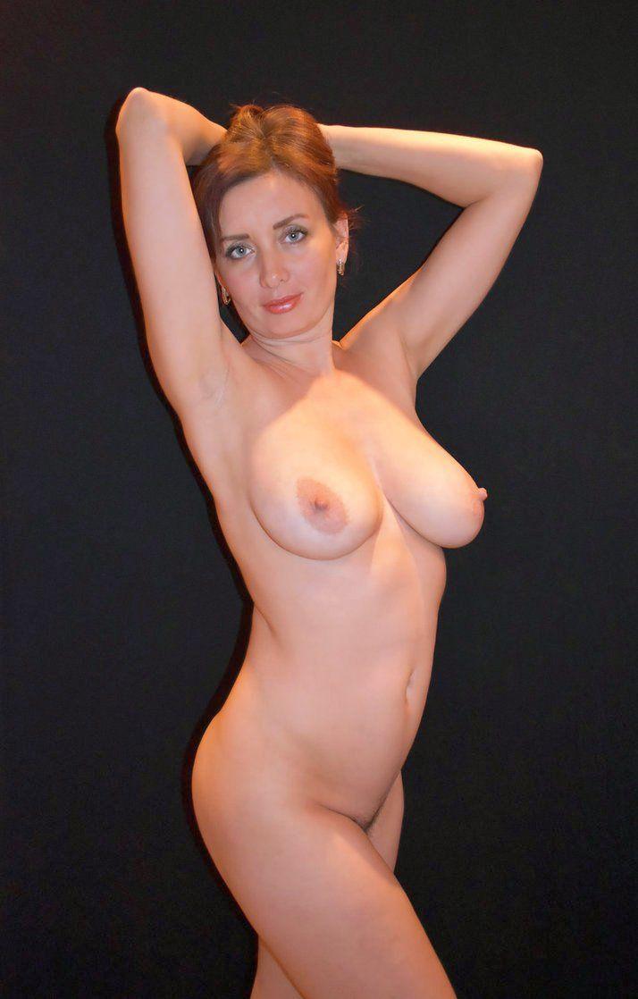 Mature redhead nude pics