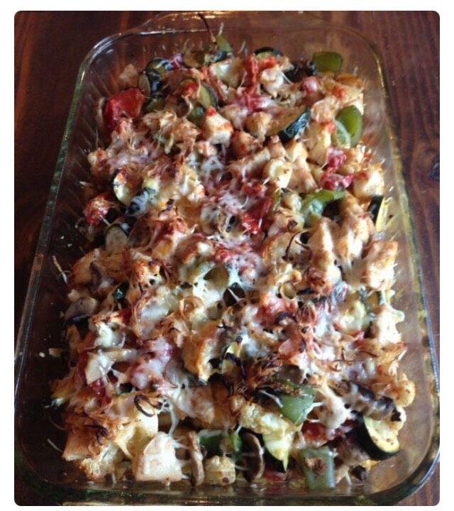 Healthy Chicken And Veggie Comfort Bake! #Food #Drink #Trusper #Tip