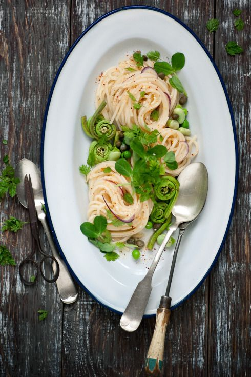 Spring Pasta Recipe // Is it too late in the year to eat this? : )