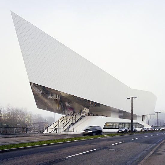 Architects Stuttgart porsche museum stuttgart delugan meissl associated architects