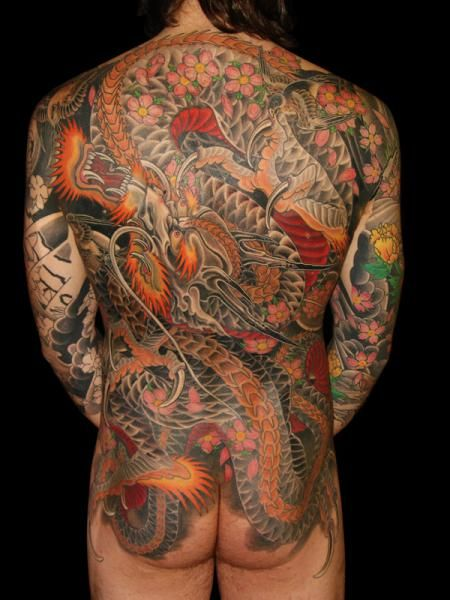japanisches r cken drachen tattoo tattoo pinterest tattoo japanese dragon tattoos and. Black Bedroom Furniture Sets. Home Design Ideas