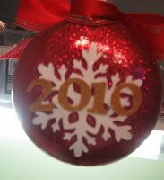 kathlee's Snippits & Cricuts: Christmas Ornaments with the Cricut~and more fun!