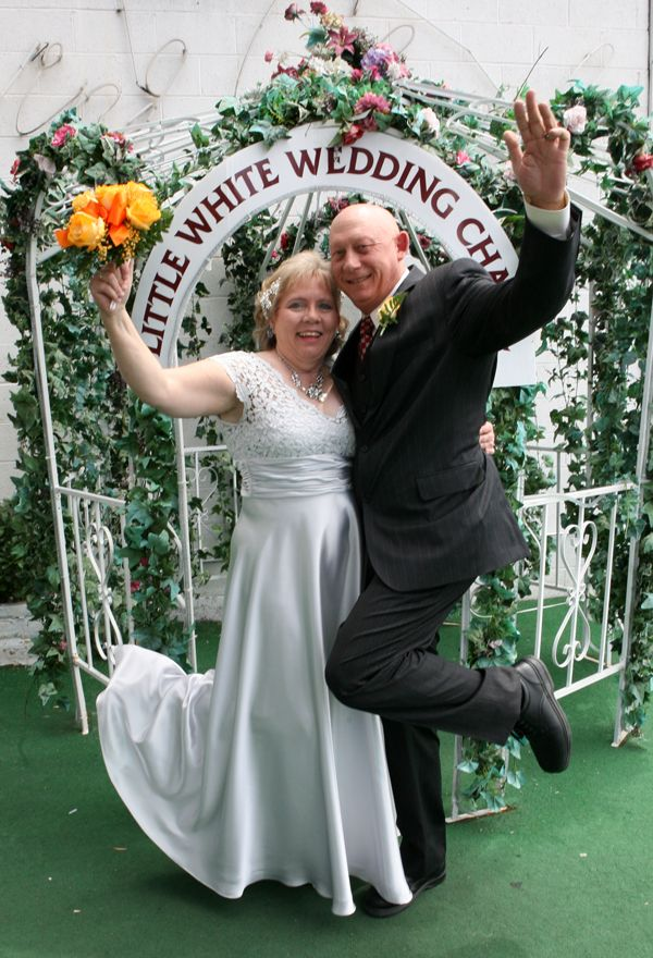 Vow Renewal at the Little White Wedding Chapel