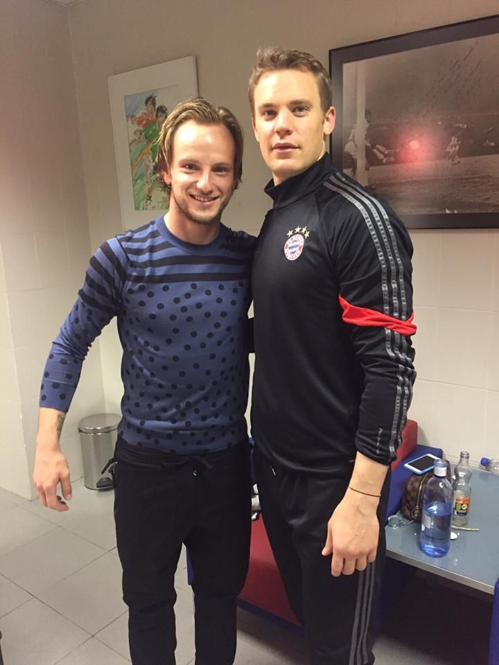 ¿Cuánto mide Ivan Rakitic? - Real height 6a22e953b19e4ae9f10a180b4221d919