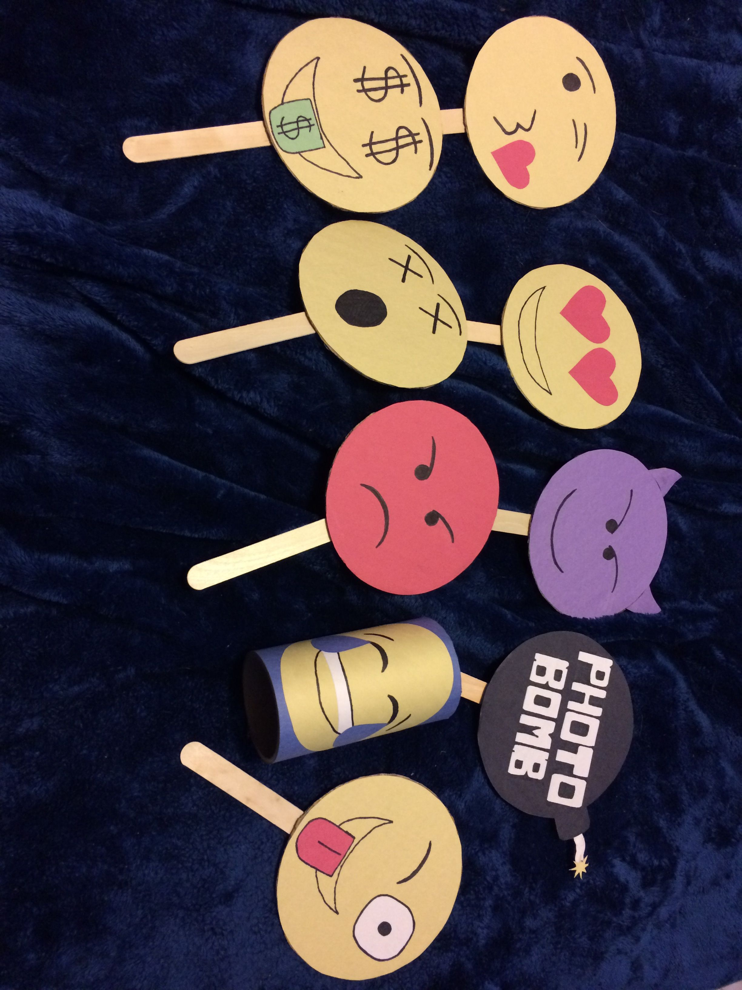 DIY emoji photo booth props