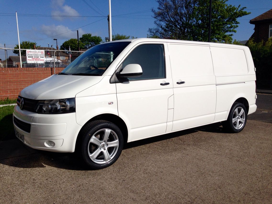 vw t5 transporter 18 zcw zm5 alloy wheels wheels on cars pinterest t5 transporter tired. Black Bedroom Furniture Sets. Home Design Ideas