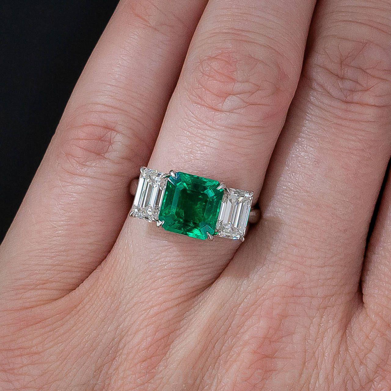 Fine 2.75 Carat Emerald Diamond Platinum Ring | Platinum ring ...