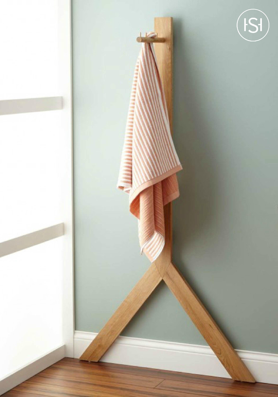 Diaz Standing Teak Towel Rack Towel rack Geometric decor B