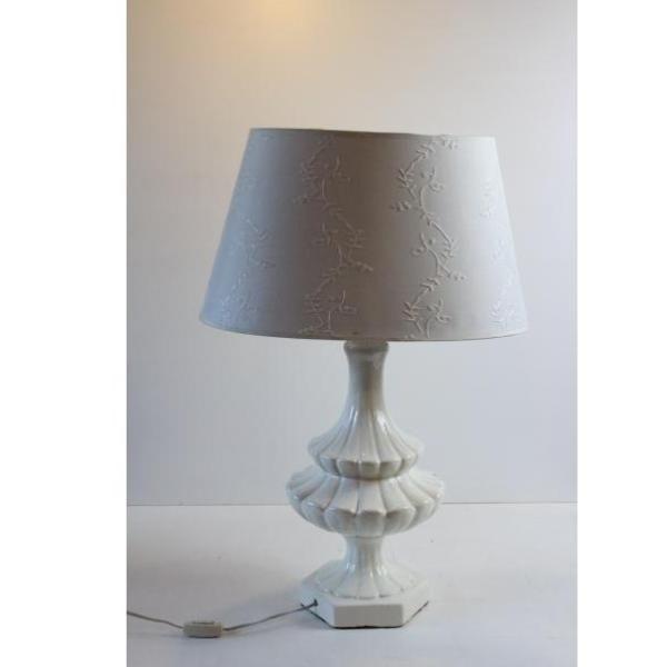 Antigua lámpara porcelana de mesa en de con blanco color Yb7fyg6