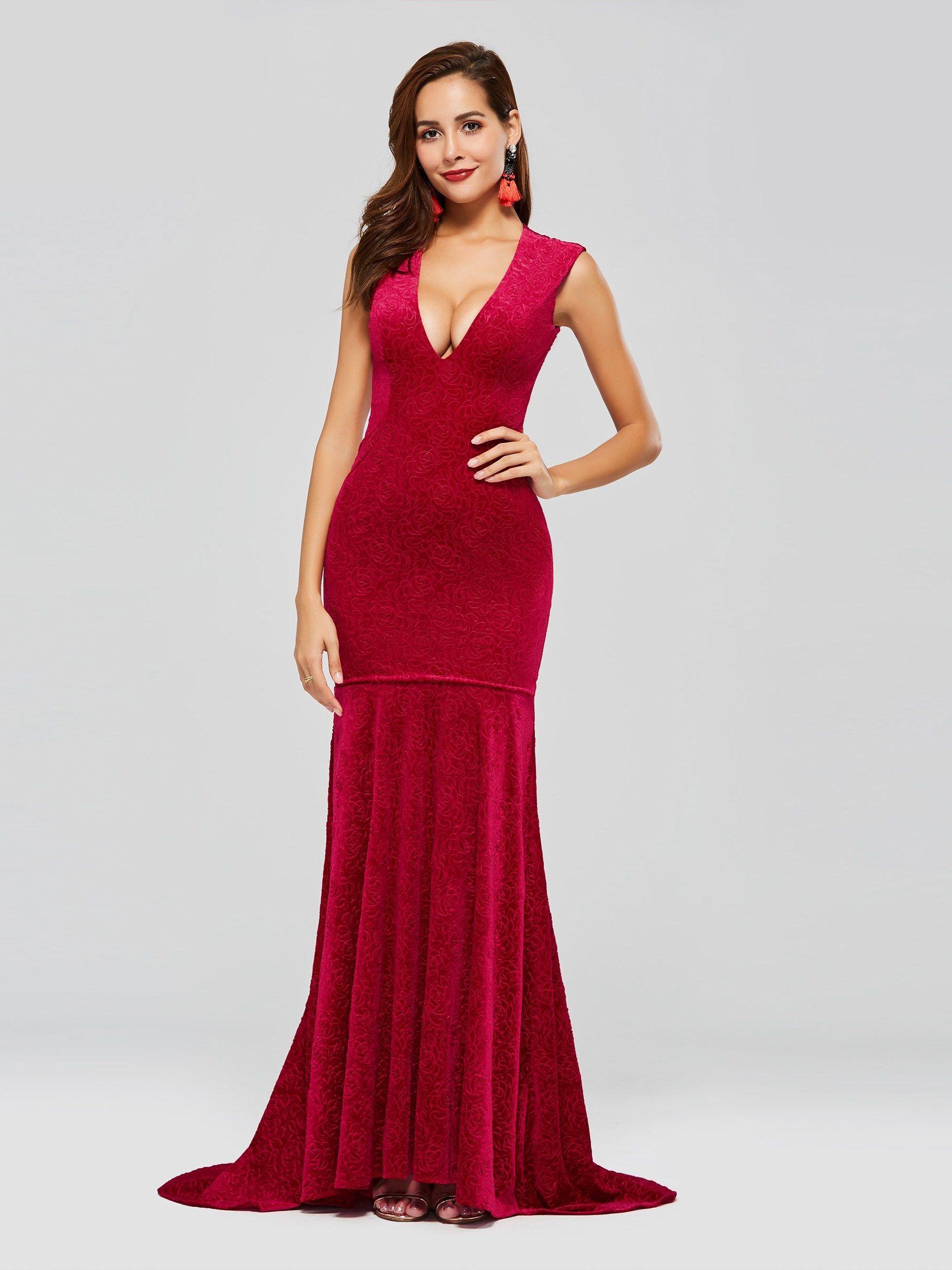 Velvet mermaid vneck long evening dress to the partyoccasion