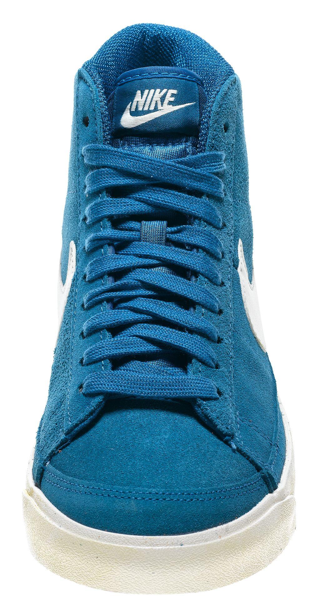 94a49c8cc2a Woman Sneaker