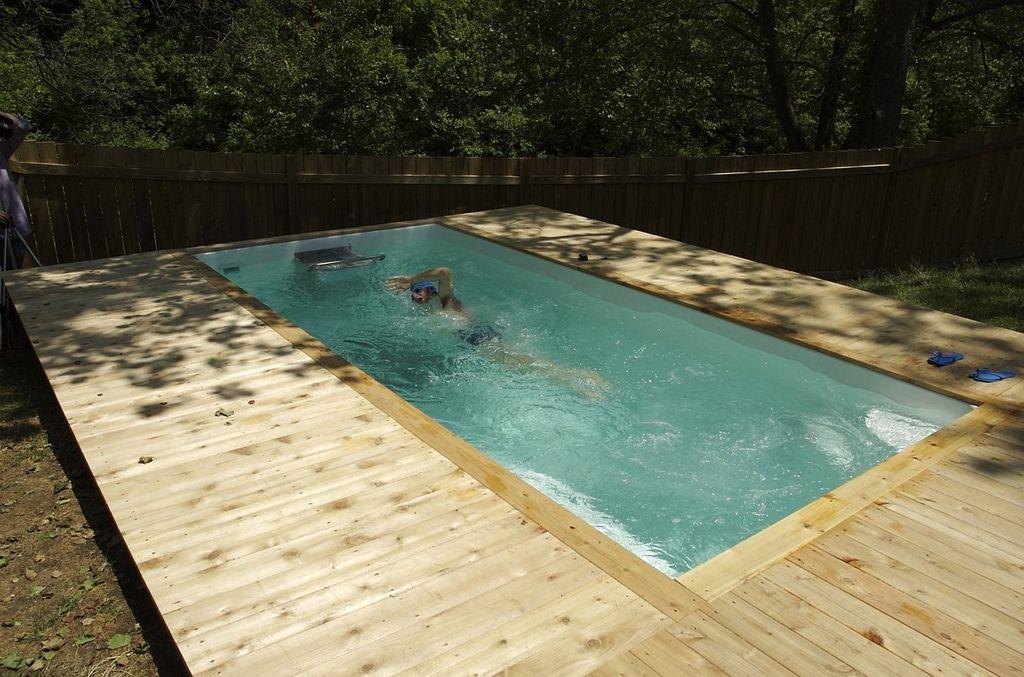Fiberglass Pools Vs Endless Pools Endless Pool Fiberglass Pool Cost Fiberglass Pools
