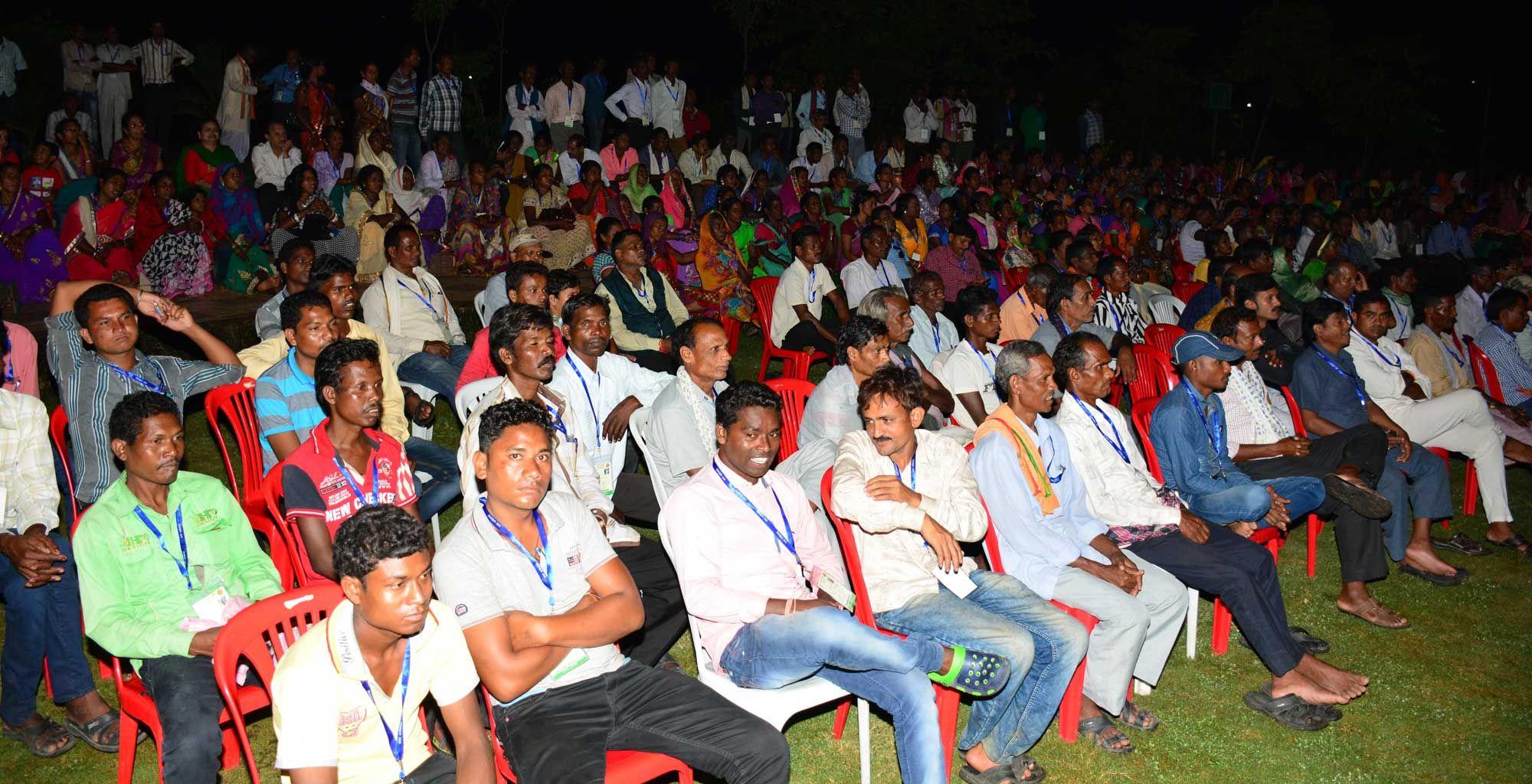 नया रायपुर स्थित पुरखौती मुक्तांगन में जशपुर, कोरिया, कोरबा एवं रायगढ़https://www.facebook.com/hamarcg2016/posts/1034989726599213