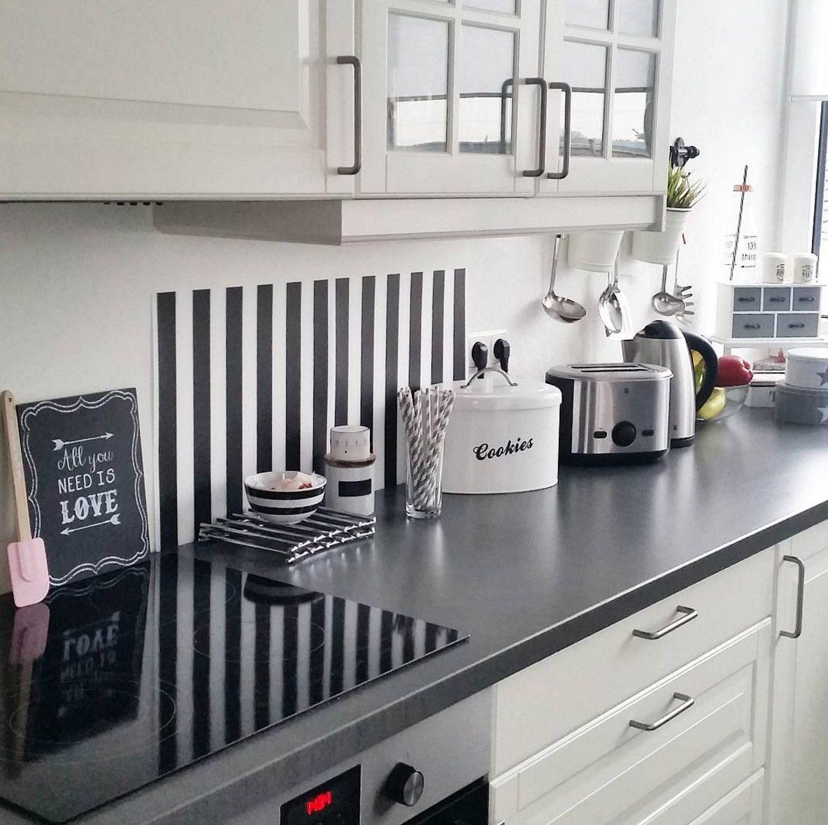 Küche Graue Arbeitsplatte: Weisse-kueche-graue-arbeitsplatte