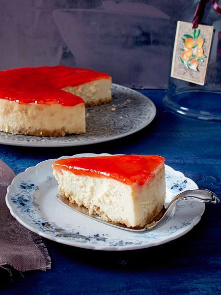 Easy Cake  Crispy bottom creamy filling fruity topping  it does not get better