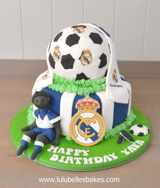 Real madrid soccer cake cakes pinterest real madrid soccer real madrid soccer cake altavistaventures Image collections