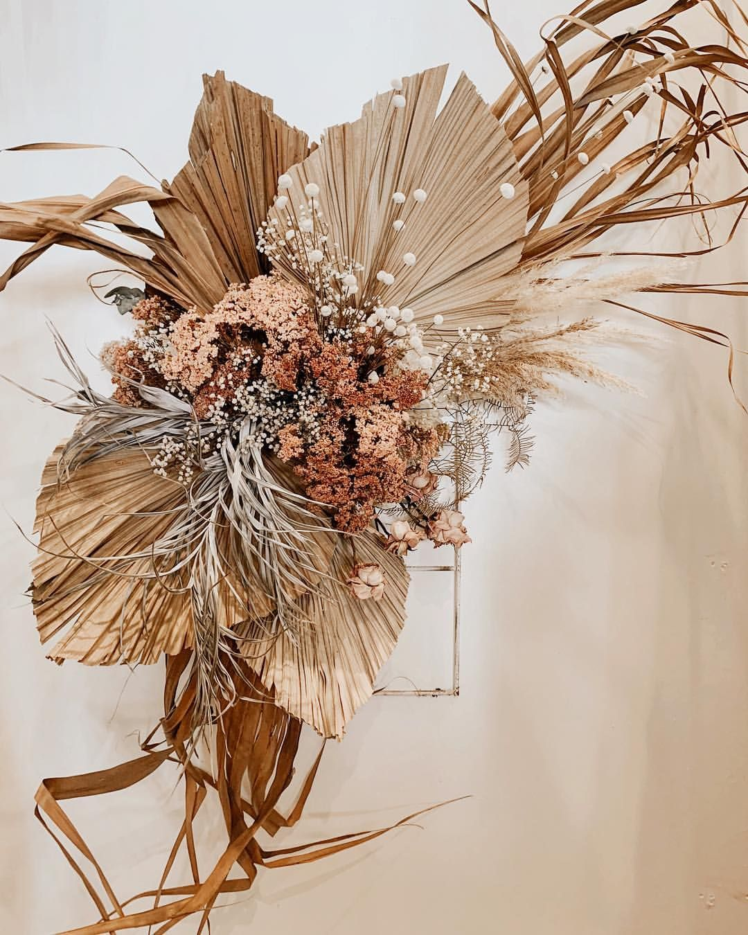 W A L L F L O W E R Dried Wall Hangings Mini Installations Who Needs One T Dried Flower Bouquet Dried Flower Arrangements Floral Arrangements Wedding