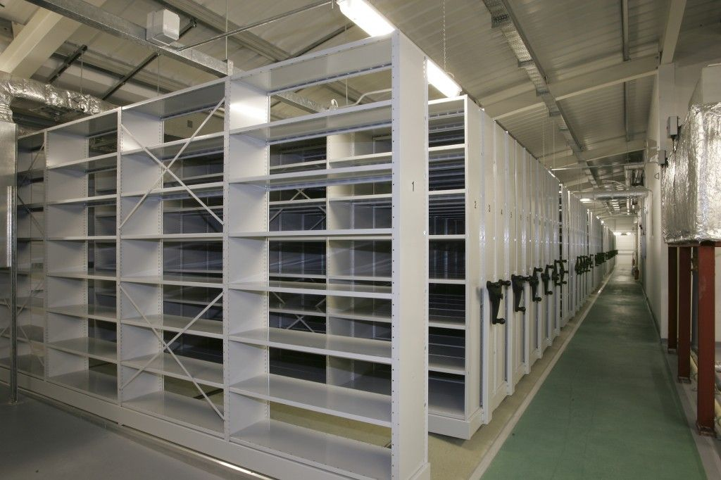 Clean, durable and flexible - Maxstor heavy duty warehouse racking is ideal for many storage applications. http://www.compactstorage.co.uk/mobile-shelving/maxstor/