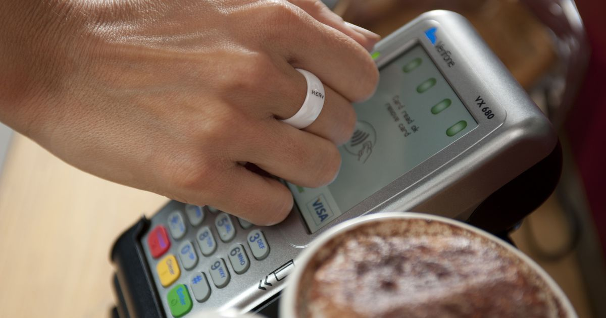 This smart ring lets you buy stuff with your finger, no
