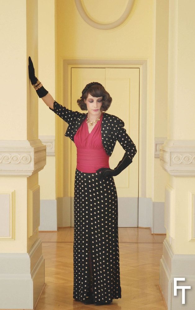 Polka dot  black and white crepe dress, ca 1940, and Schiaparelli parure of rhinestone jewels. The Schiaparelli gloves have a trompe-l'oeil zipper embroidery