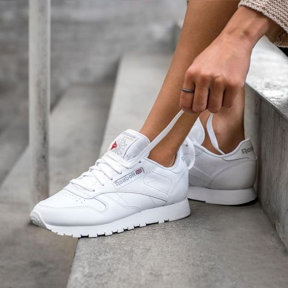 Reebok Classic Face Womens Trainers in White | Trainer shops, White white  and Camden