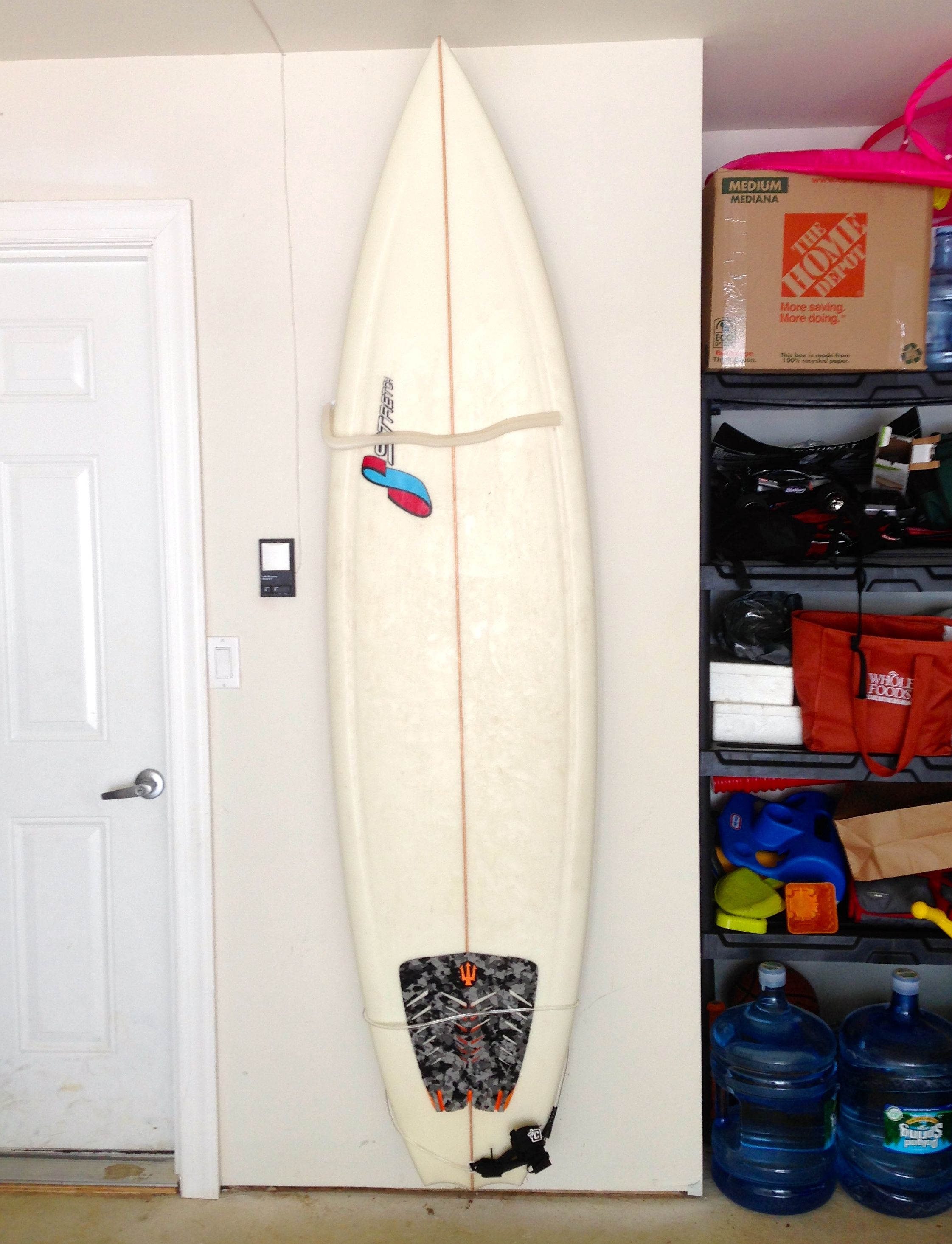 pro surfboard wall mount with multiple