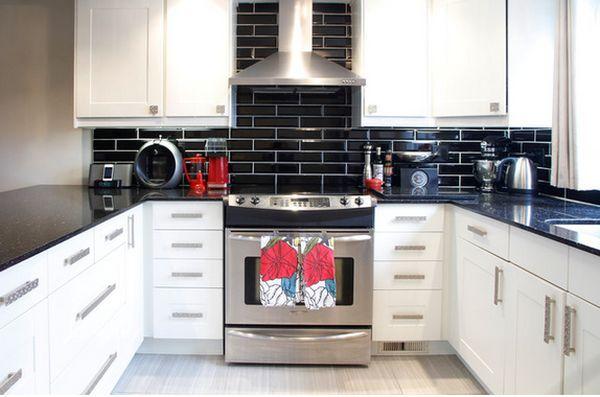 Küchen U Bahn Fliesen Sind Wieder Im Stil   50 Inspirierende Designs  #traumbäder #bad #streifzugmedia #kitchen #weiße #luxusimmobilien  #inspiration #metro