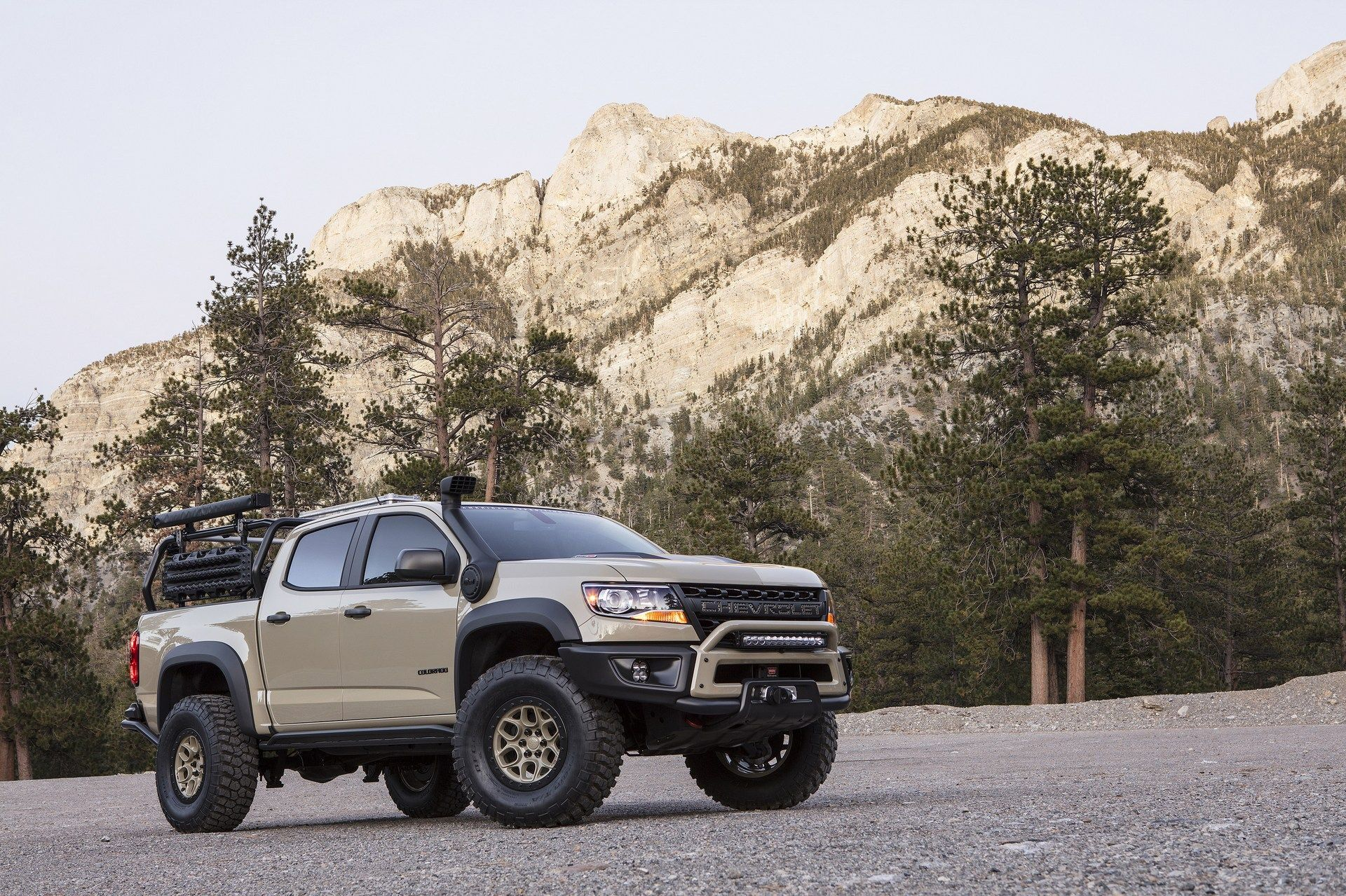 Chevrolet Colorado Zr2 Bison Coming To Tackle The Tacoma Trd Pro