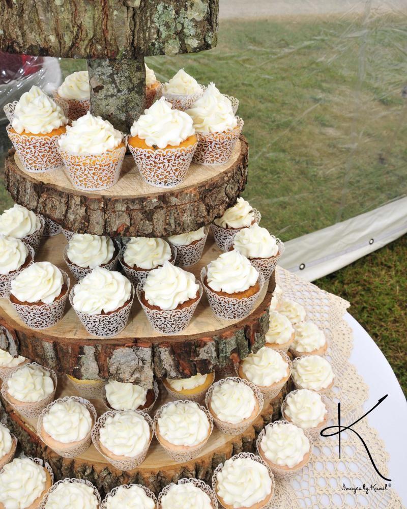 Cupcakes By Incredible Edibles Bakery Virginia Beach Va Rustic Wood