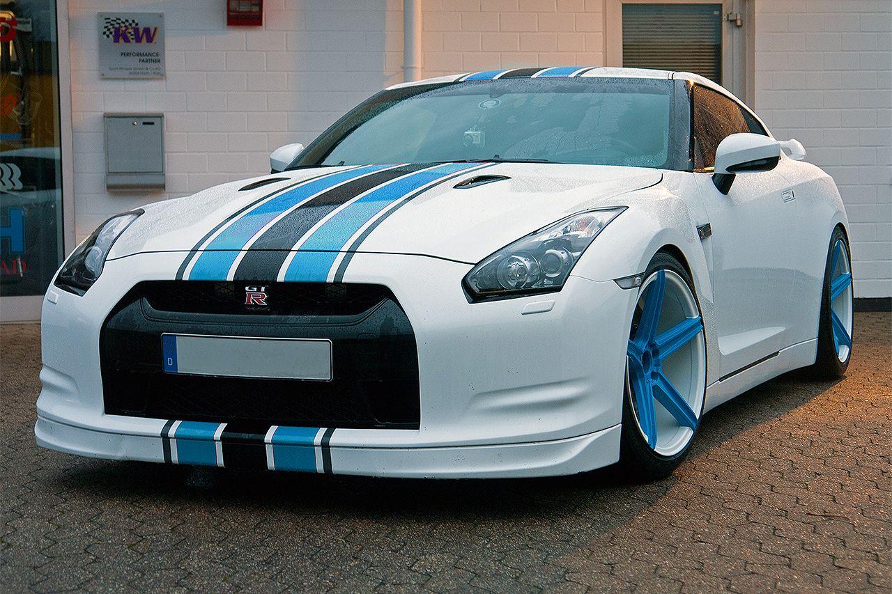 "Auto Tuning Galerie Nissan GT-R - Nissan GT-R - 20"" mbDESIGN KV1 - Alufelgen: mbDESIGN KV1 Custom Painted - VA 10.5 x 20"" mit 255/40/20 HA 10.5 x 20"" mit 285/35/20 Fahrwerk: H&R Tieferlegungsfedern - Bild ID 8783"