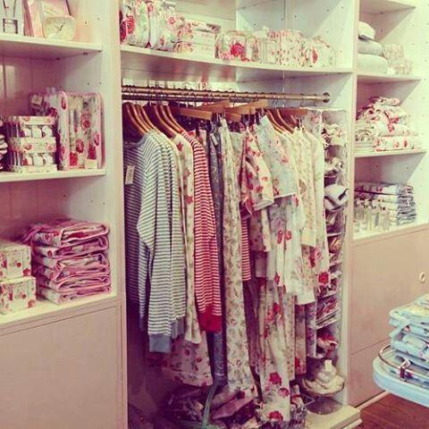Gentil Pretty Closet/display