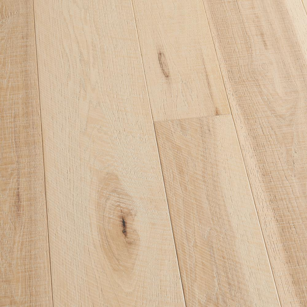 Malibu Wide Plank Hickory Crescent 3 8 In T X 4 In And 6 In W X Varying L Engineered Click Hardwood Flooring 19 84 Sq Ft Case Hdmscl438ef The Home Depo Wide Plank