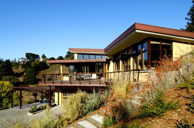 Mill Valley Hillside by McGlashan Architecture | Milling ...