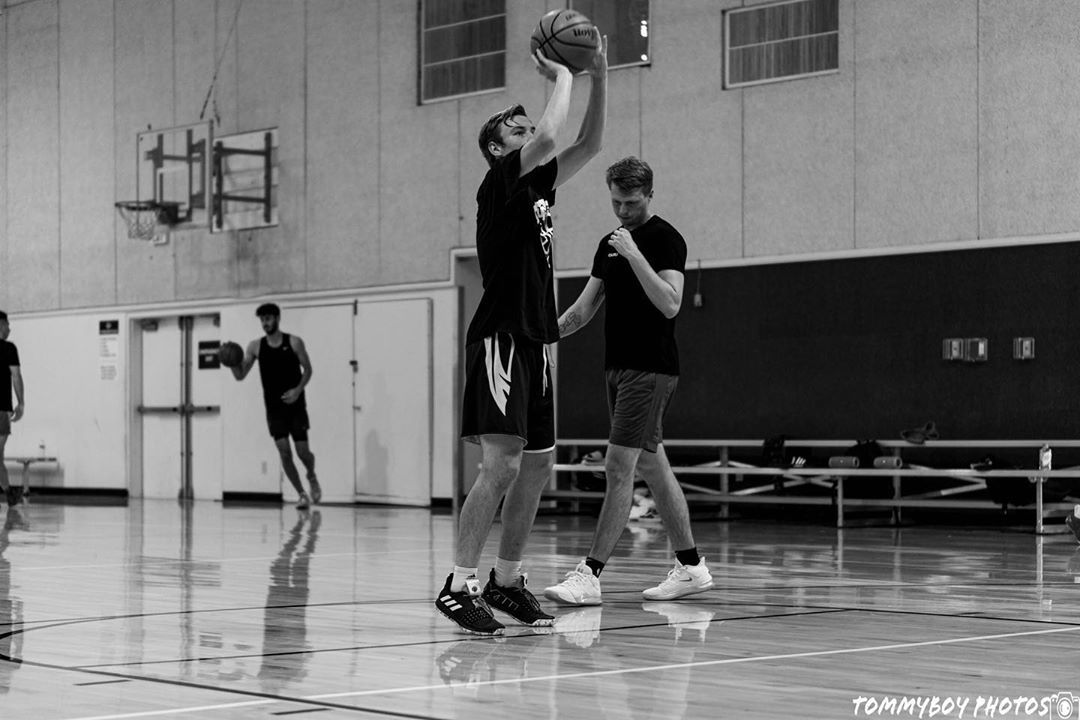 Skills Session tonight and this Thursday 5pm  Instructed by @elcoachcasey - - - 'BENT NOT BROKEN'   basketball  basketballtrainer  basketballtraining  basketballneverstops  ballislife  bball  basketballlife  basketballmom  crossover  dunks  basketballdrills   sports  fitness  diet  body   performance   athletics  nutrition  strength  hoops  fun  workout  fit  nbabasketball   photooftheday  athlete  training  boxing  instagram  bhfyp #athletenutrition