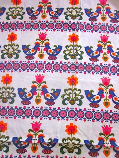 lovely folky Dekoplus fabric from Pomme de Jour Blog