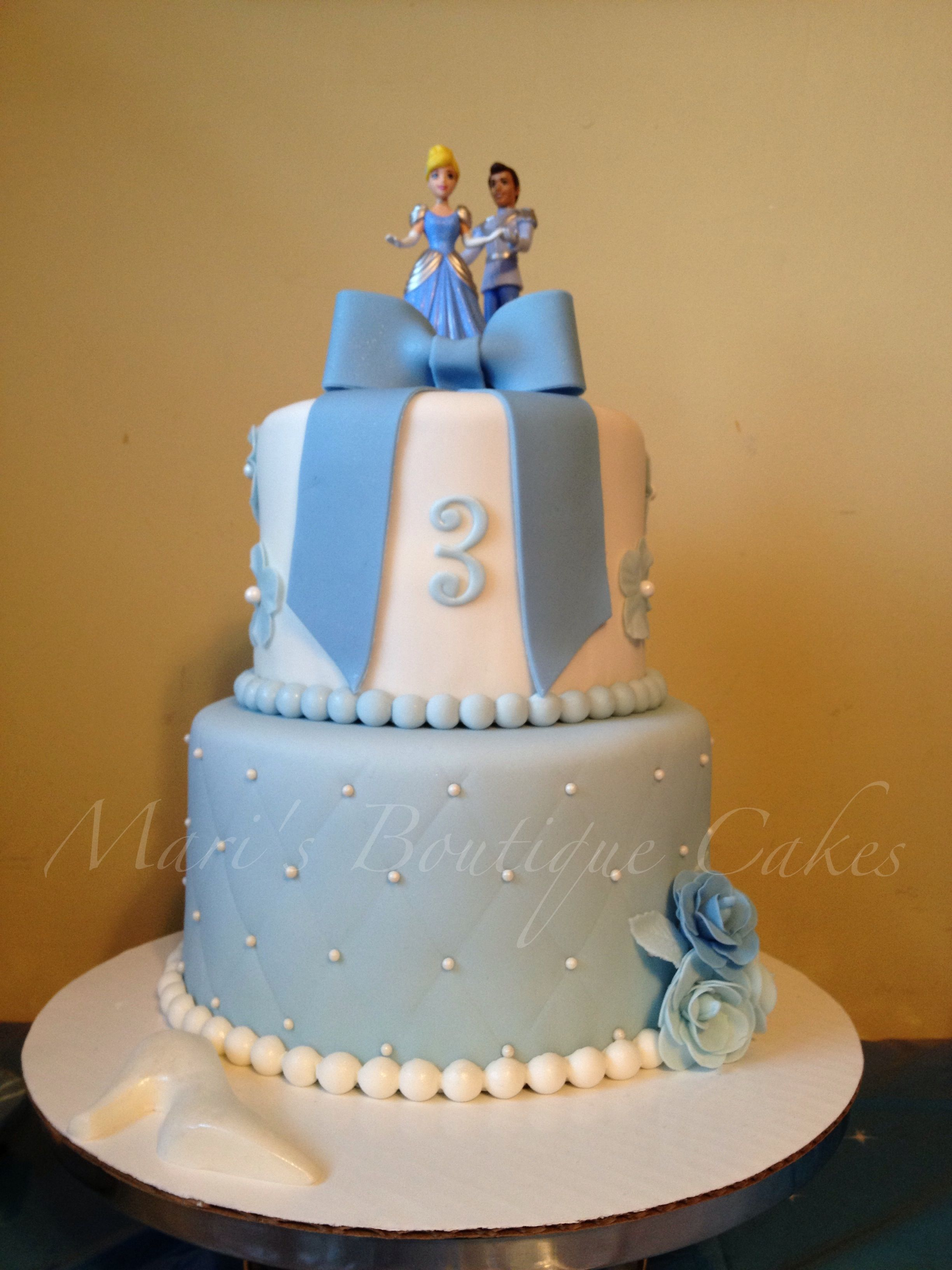 Cinderella Cake httpwwwfacebookcommarisboutiquecakes Maris