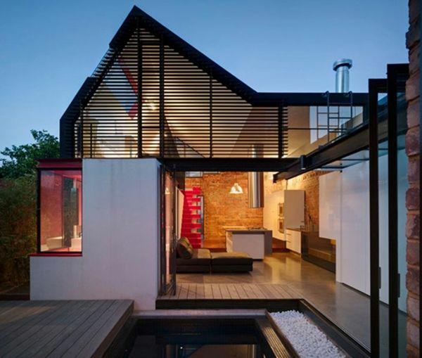 Maison Ultramoderne Élégante Avec Des Lignes Pointues