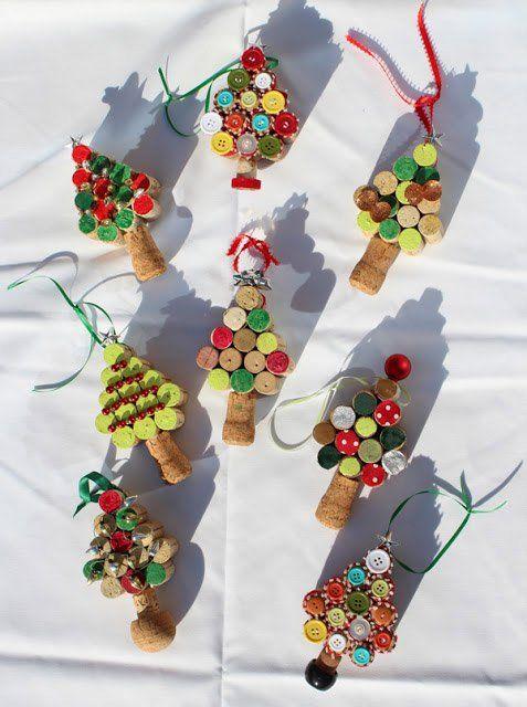 adornos navideños con corchos - Buscar con Google